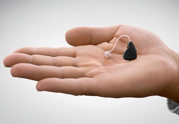 vecchi-apparecchi-acustici